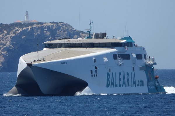 Baleària fortalecerá la ruta entre Denia e Ibiza para Navidad