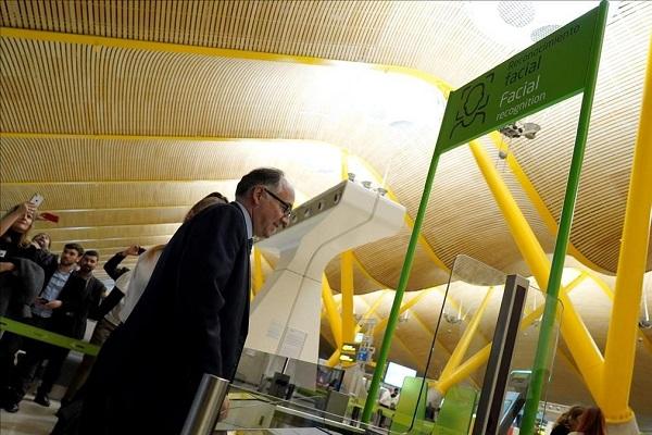 Iberia reconocimiento facial Madrid-Barajas