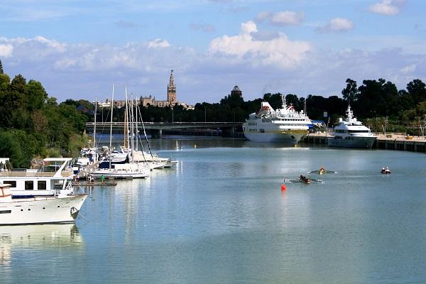 Puerto de Sevilla analiza sus 18 proyectos de I+D
