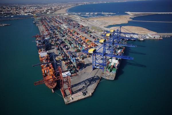 Puerto de Valencia disminuye la huella de carbono a pesar de aumentar tráficos