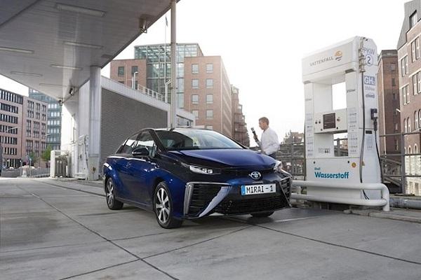Toyota adopta el hidrógeno para el transporte terrestre y marítimo