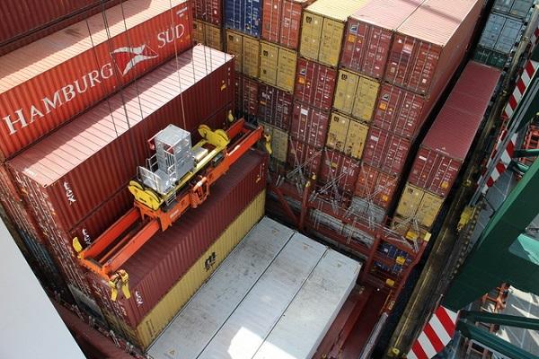 Tránsito portuario español mejora un 2,1% en septiembre