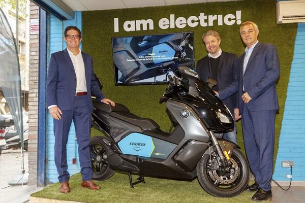 BMW Cooltra motos eléctricas compartidas