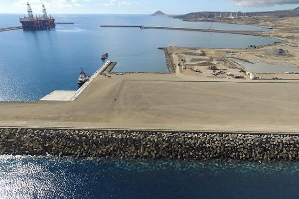 Puerto de Granadilla mejorará las redes básicas y el medio viario