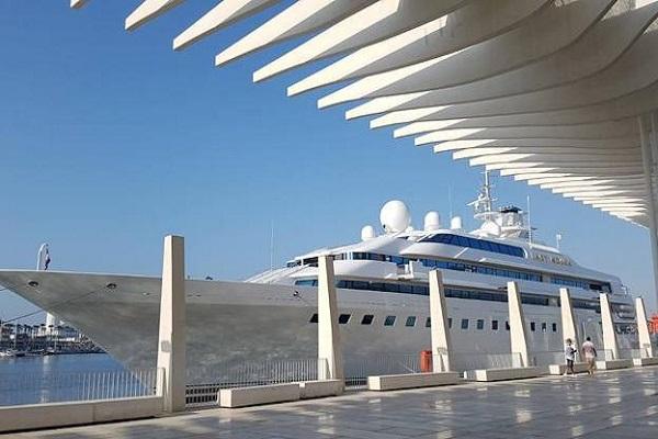 Puerto de Málaga otorga la explotación de nueva dársena de megayates
