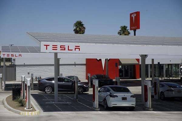 Tesla Europa