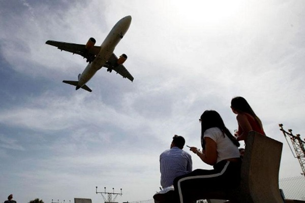 CO2 tasa precios vuelos