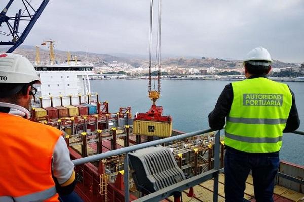 Puerto de Almería aumenta las posibilidades de distribuir mármol y piedra natural