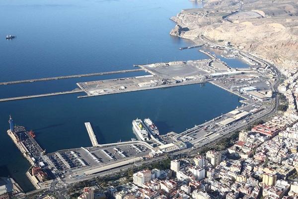 Puerto de Almería aumenta un 6,6% el tráfico de mercancías hasta noviembre