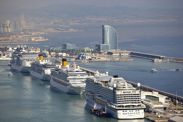 Puerto de Barcelona espera recibir 861 escalas hasta el próximo 31 de diciembre
