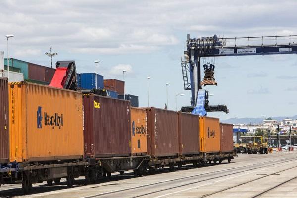 Puerto de Valencia otorga remodelación de terminal ferroviaria muelle Príncipe Felipe