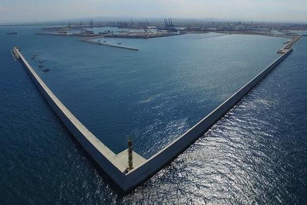 Puerto de Valencia realizará un estudio para adecuación de dique Norte