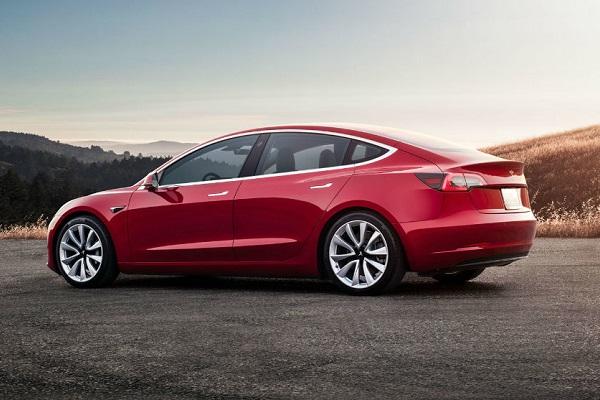 Tesla Model 3 tercer coche más vendido Europa diciembre 2019