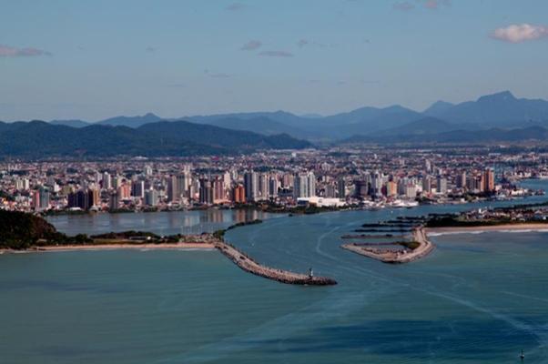 puerto-itajai-brasil