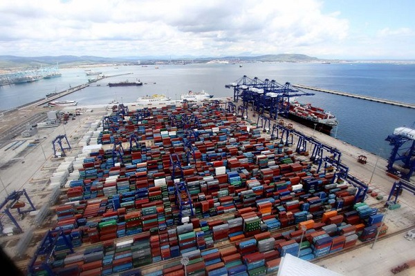 Puerto de Algeciras canaliza casi 10 millones de toneladas