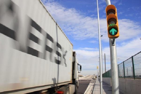 Puerto de Barcelona optimiza accesos a terminal BEST
