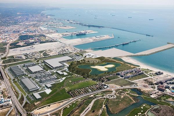 Puerto de Tarragona diseña el modelo de gestión de la ZAL