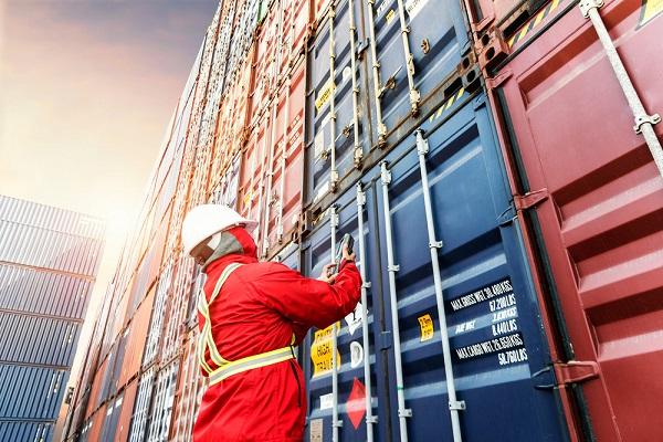 Representantes aduaneros buscan nuevo reglamento aduanero para comercio electrónico
