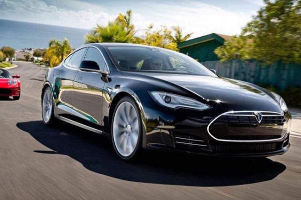 Tesla Toyota Smart multas emisiones