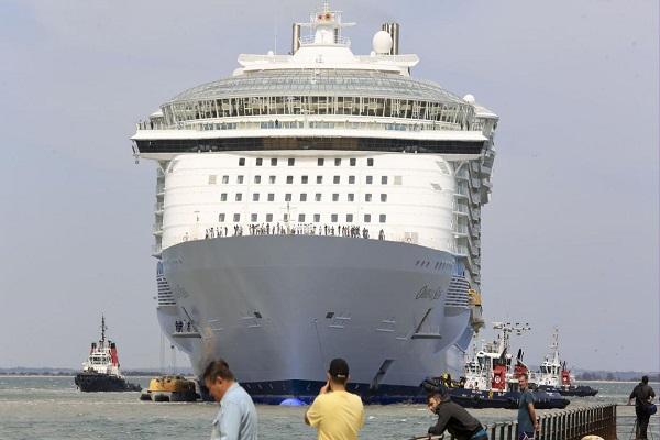 Líneas de cruceros más importantes cierran su actividad por el coronavirus