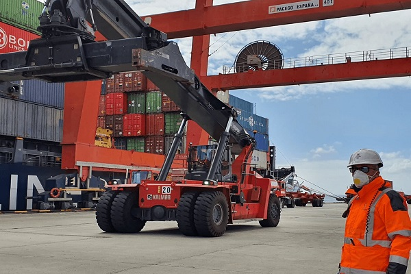 Puerto de Bilbao continúa prestando los servicios esenciales