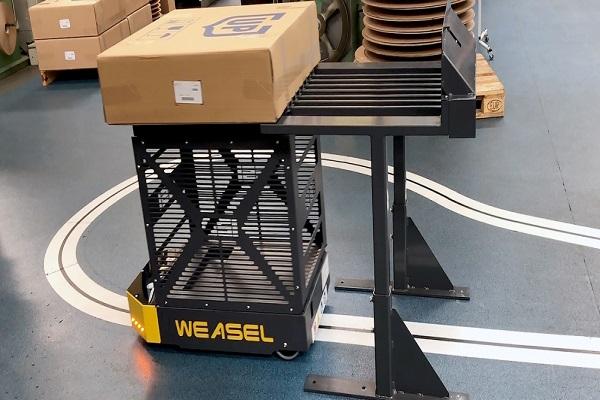 SSI Schaefer crea circuito de transporte interno que evita las tareas manuales