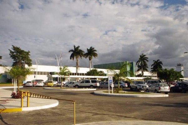 aeropuerto de merida yucatan