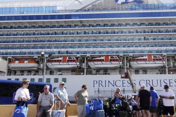 cruceros varados pandemia