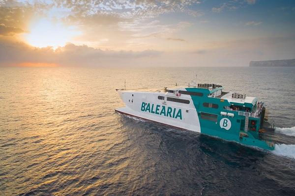 Baleària aumenta los trayectos entre Alcudia y Ciudadela