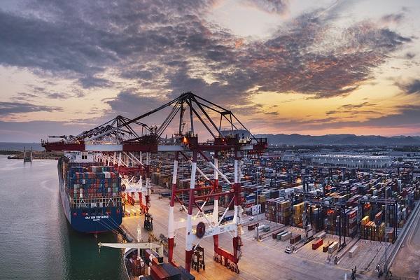 Puerto de Barcelona desarrolla nuevo plan de recuperación