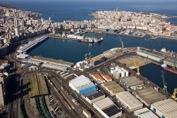 Puerto de La Coruña simplifica la liquidez a proveedores