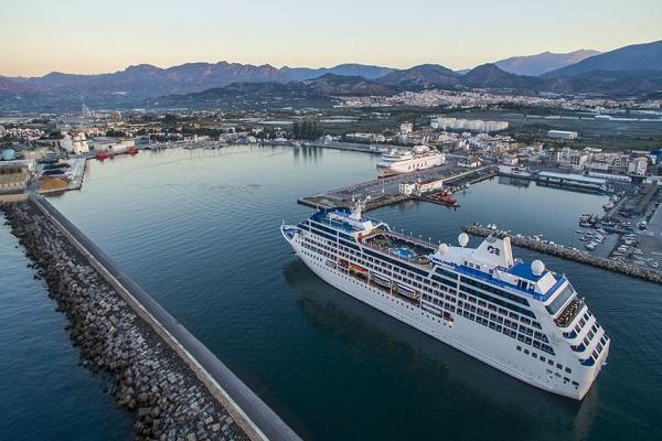 Puerto de Motril reemprende las obras aplazadas por la crisis sanitaria