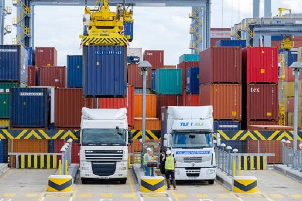 Sector marítimo demanda permisos especiales para embarque y desembarque