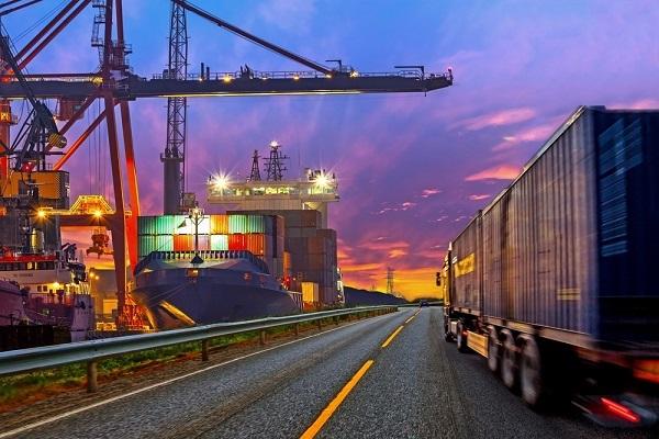 Tráfico portuario español desciende un 30% durante última semana de marzo