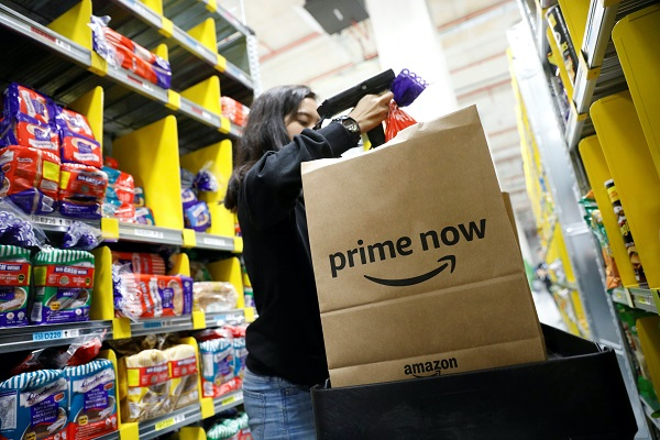 Amazon y Dia extienden su servicio de reparto a otros municipios de Barcelona