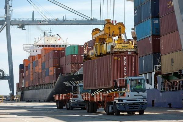 Bergé pide espacio para almacenar material siderúrgico en Puerto de Tarragona