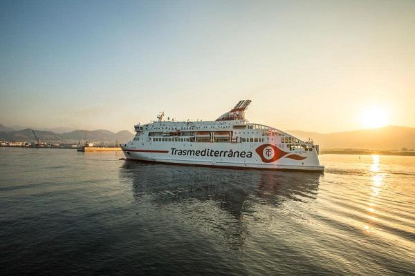 Armas Trasmediterránea reinicia sus rutas en Canarias