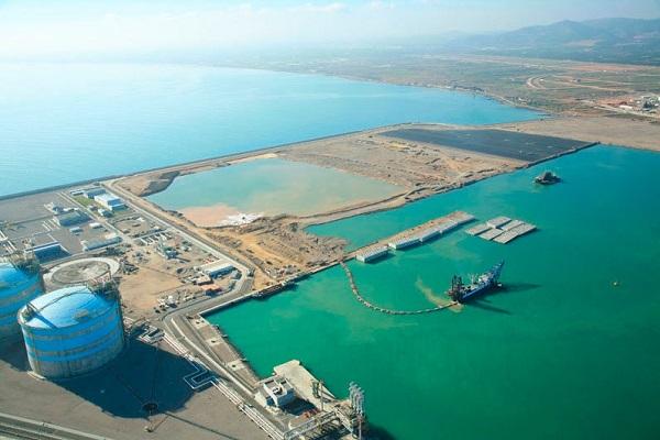 El puerto de Valencia optimizará la zona de maniobras del muelle Sur