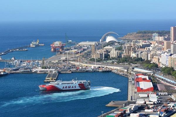 El puerto de las Palmas contará con su propio centro de transportes