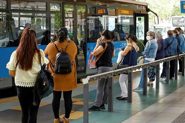 Google Maps transporte público aglomeraciones