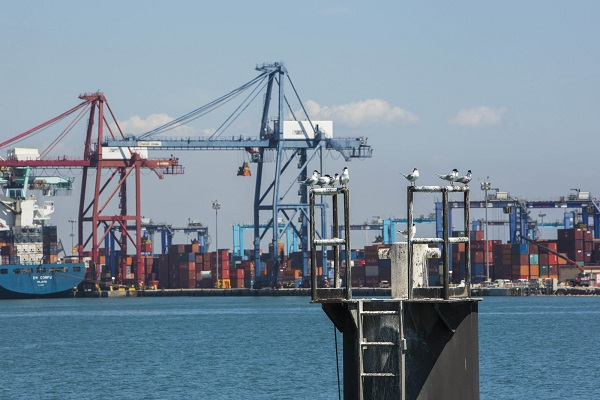 La Autoridad Portuaria de Valencia licita la instalación de equipos de control ambiental
