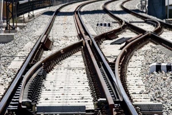 La Autoridad Portuaria de Valencia recibe ofertas para instalar tercer hilo ferroviario