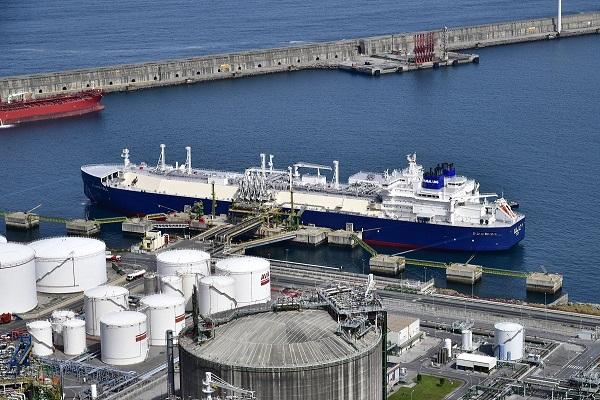 Repsol quiere suministrar GNL a buques en el Puerto de Bilbao