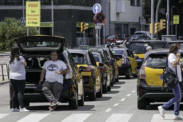 Taxi transporte público