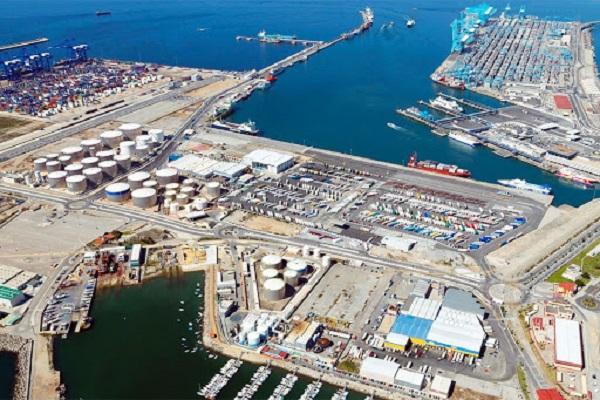 El puerto de Algeciras cuenta con tres propuestas para modificar muelle Armamento