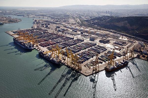 El puerto de Valencia aporta la mejor conectividad de España
