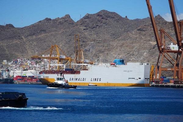 Grimaldi elige al puerto de Tenerife como enlace para el transbordo de mercancías