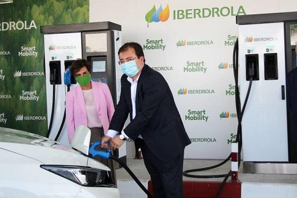 Iberdrola corredor carga eléctricos
