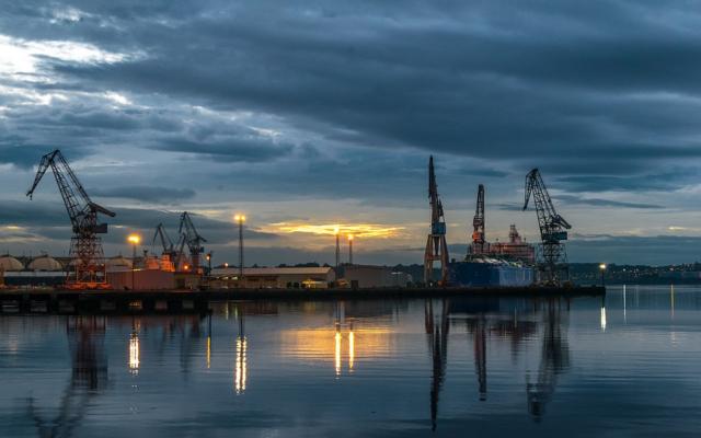 el puerto de ferrol aumenta su actividad