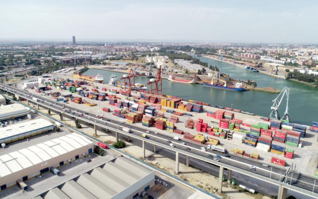 vista aerea del puerto de sevilla